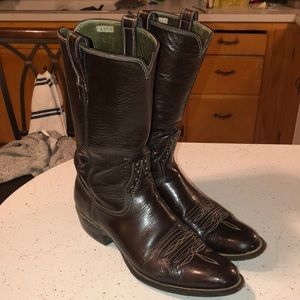 VINTAGE HANDMADE PATENT LEATHER COWBOY BOOTS